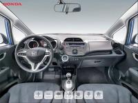 3D-zwiedzanie wnętrza samochodu Honda Jazz #1
